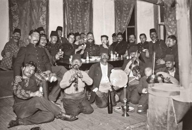 Кабачок в Стамбуле. Конец XIX века