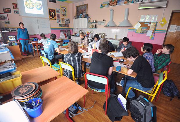 Занятия в общеобразовательной школе-интернате «Интеллектуал»