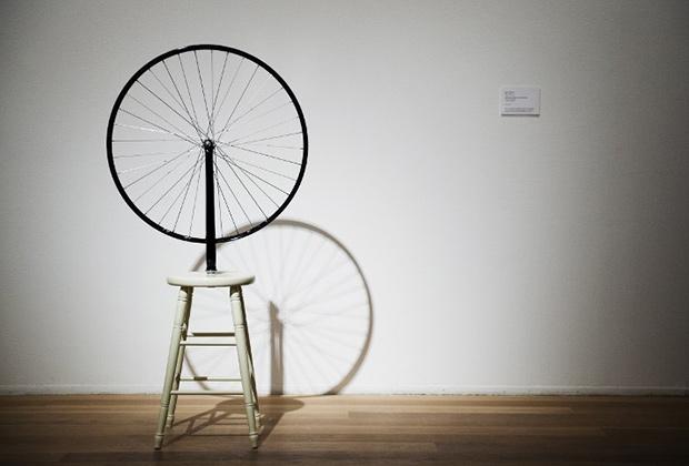 Марсель Дюшан, «Велосипедное колесо», 1913