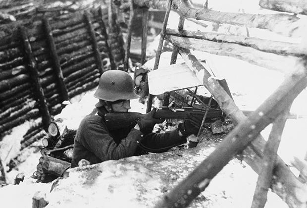 Финский солдат на Линии Маннергейма. 14 декабря 1939
