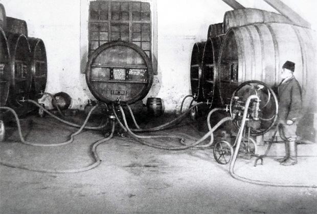 Дом шампанских вин «Новый свет» в Судаке