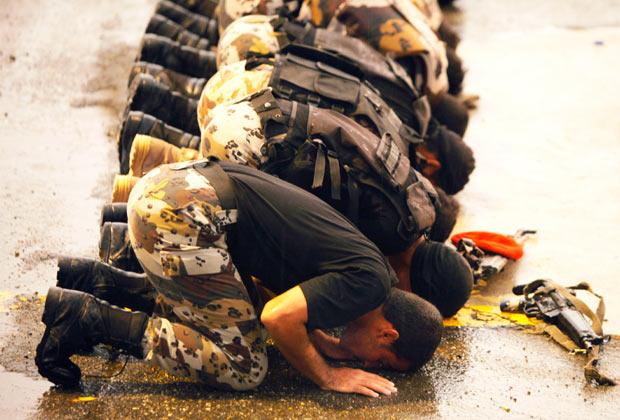 Саудовские солдаты возле Мекки