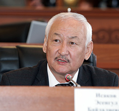 Депутат Эсенгул Исаков