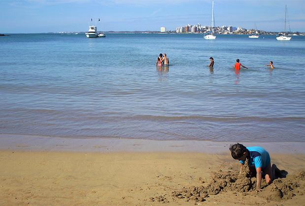 Пляж Гуарапари