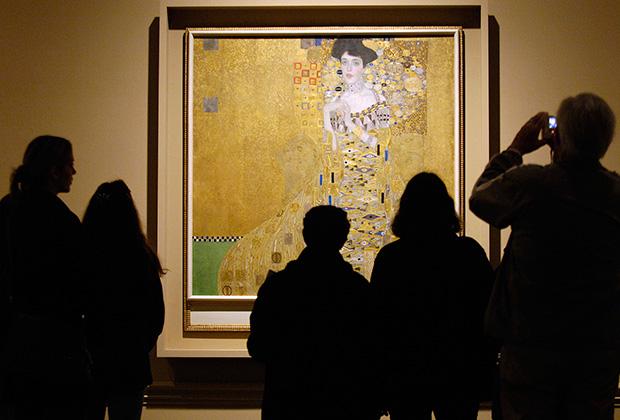 «Портрет Адели Блох-Бауэр I» — написанная в 1907 году картина Густава Климта. Известна также как «Золотая Адель» или «Австрийская Мона Лиза».