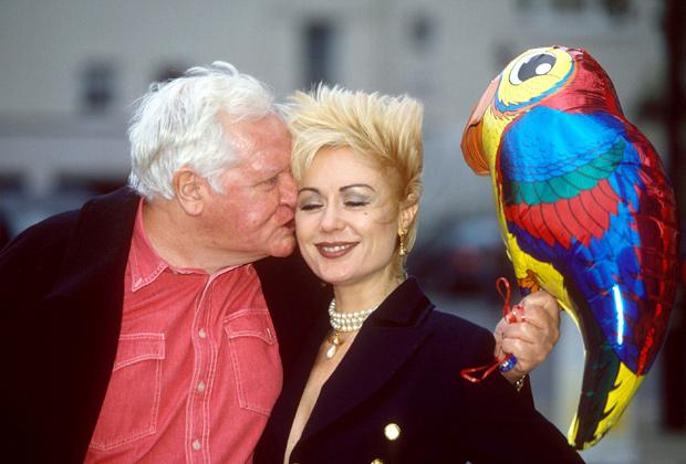 Хетти Бейнс Рассел с мужем