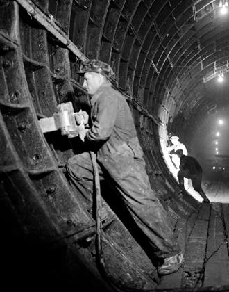 Строительство метро Арбатско-Покровской линии в Москве, 1944 год