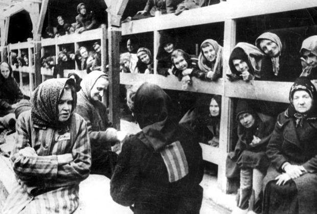 Женский барак в лагере Аушвиц после освобождения Красной армией, январь 1945 года
