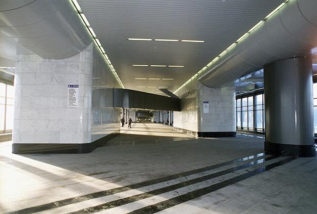 Станция Сокольнической линии московского метрополитена «Воробьевы горы»