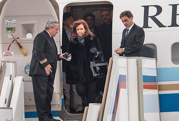 Кристина Киршнер в аэропорту Внуково-2
