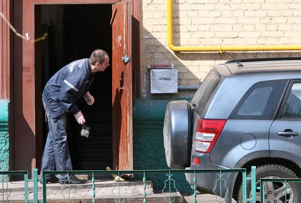 Место убийства судьи судебной коллегии по уголовным делам Мосгорсуда Эдуарда Чувашова, который был застрелен в подъезде своего дома в Стрельбищенском переулке, дом4