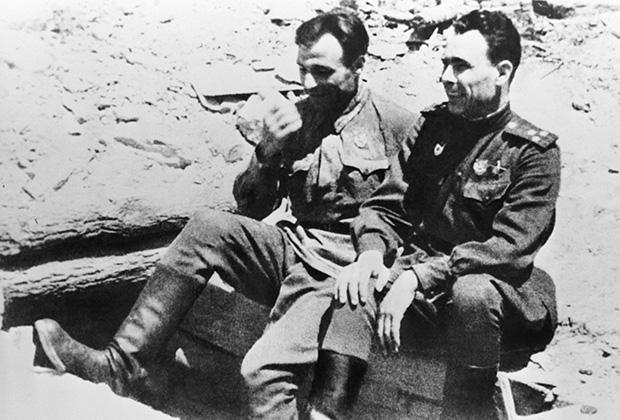 Полковник Леонид Брежнев, 1943 год