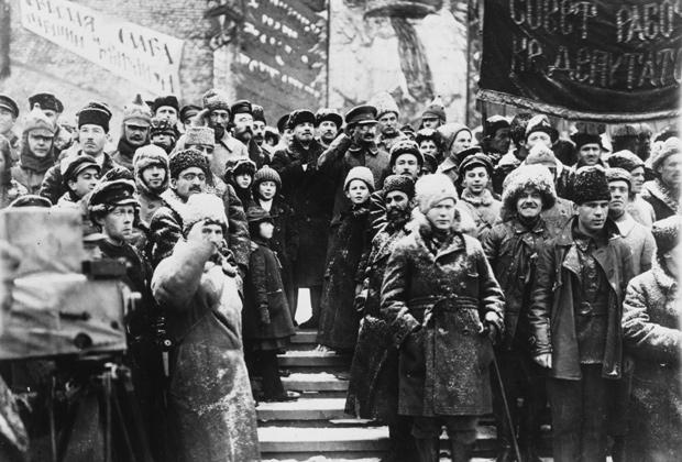 Ленин и Троцкий на праздновании второй годовщины Октябрьской революции