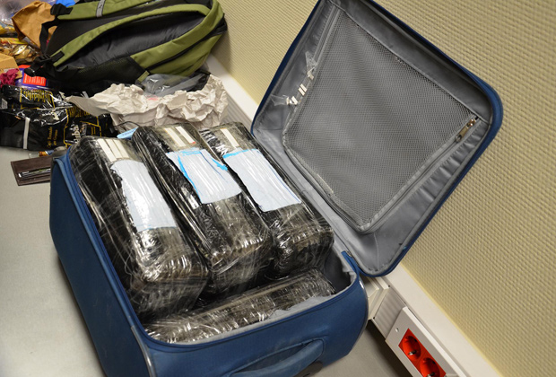 Самое крупное задержание контрабанды кокаина в истории Внуковской таможни
