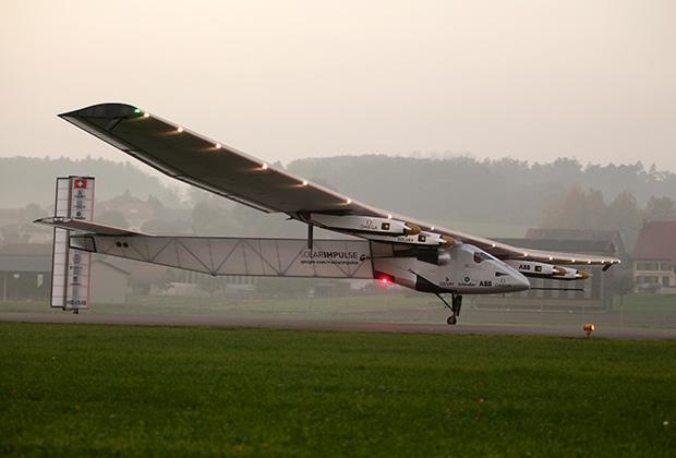 Самолет на солнечной энергии Solar Impulse 2