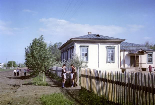 Станица Вёшенская, описанная в романе «Тихий Дон». Школа, в которой учился Шолохов