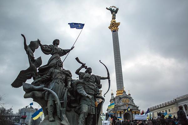 Площадь Независимости в Киеве, 2013 год
