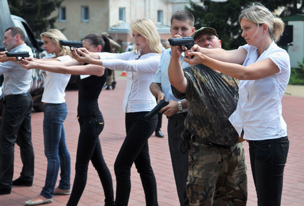 Курсанты центра подготовки патрульной полиции во Львове