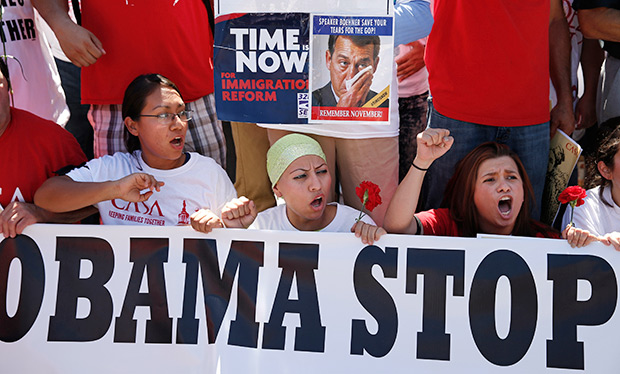 Митинг против депортации нелегалов перед Белым домом. 28 августа 2014года