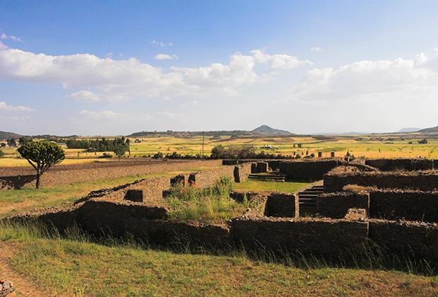 Дворец царицы Савской близ города Аксум на севере Эфиопии
