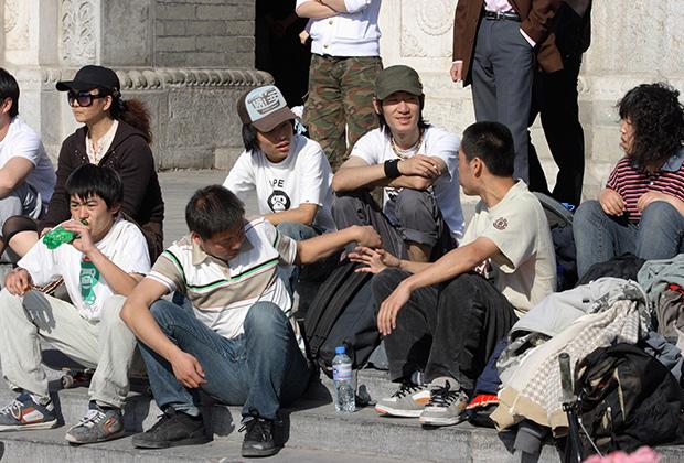 Уже сейчас в КНР многие молодые мужчины не могут найти себе невесту