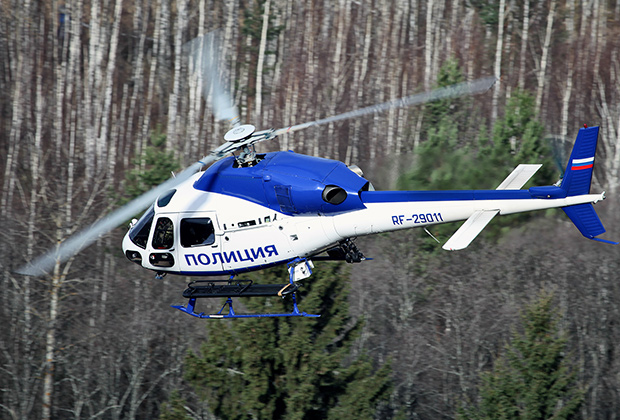 Полицейский вертолет Eurocopter AS-355N Ecureuil 2