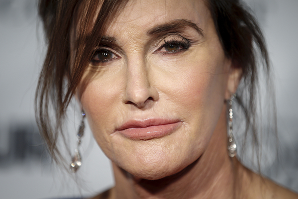 "Former Olympian Caitlyn Jenner arrives for the ""Glamour Women of the Year Awards,"" where she was an award recipient, in the Manhattan borough of New York November 9, 2015.    REUTERS/Carlo Allegri - RTS68MW"