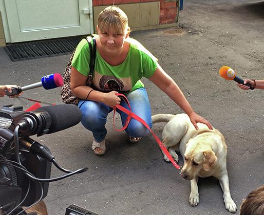 Юлия Дьякова и собака-поводырь Диана
