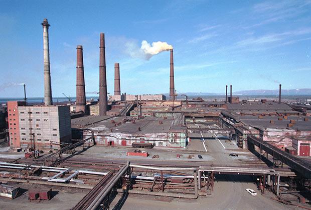 Вид завода «Норильский никель», 1998