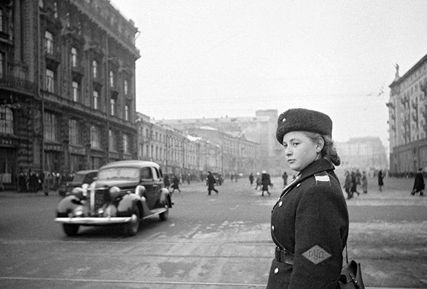 Охотный ряд, 1945 год