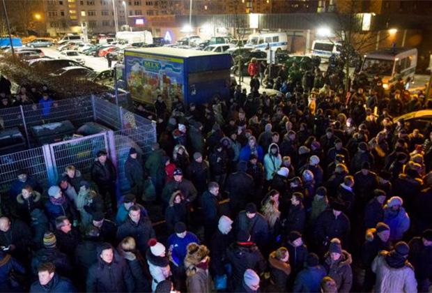 Митинг в берлинском районе Марцан