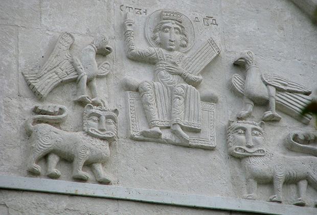 Храм Покрова на Нерли. Рельефы. Резьба, белый камень