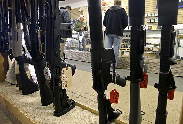 Оружейный магазин в Финиксе, штат Аризона