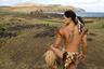 Абориген острова Пасхи в традиционной одежде