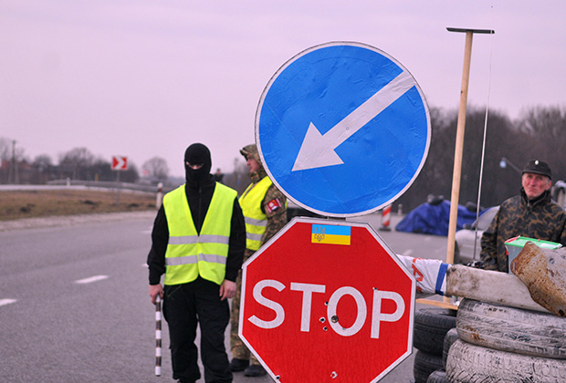 Российские фуры блокируют в 10 регионах Украины