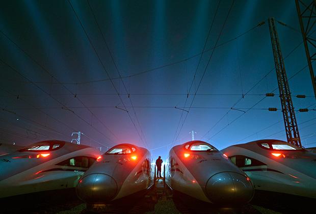 Депо высокоскоростных поездов в городе Ухань (провинция Хубэй). 9 марта 2015 года