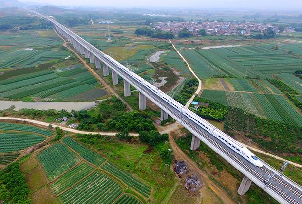 Высокоскоростная железнодорожная магистраль в уезде Тяньян Гуанси-Чжуанского автономного района
