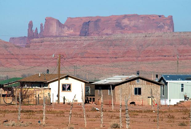 Резервация навахо занимает площадь больше, чем государство Латвия