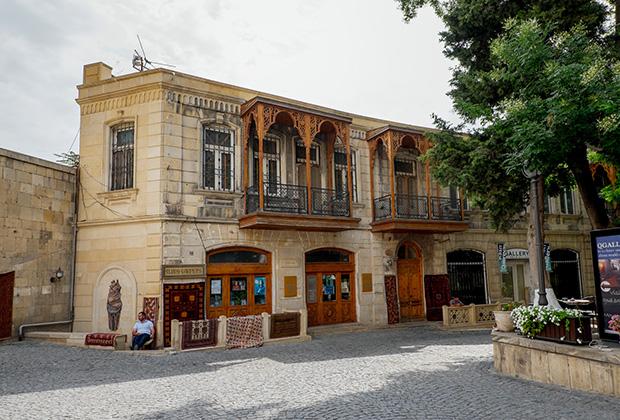 Торговые кварталы Баку были построены в остромодном сегодня стиле ар-нуво