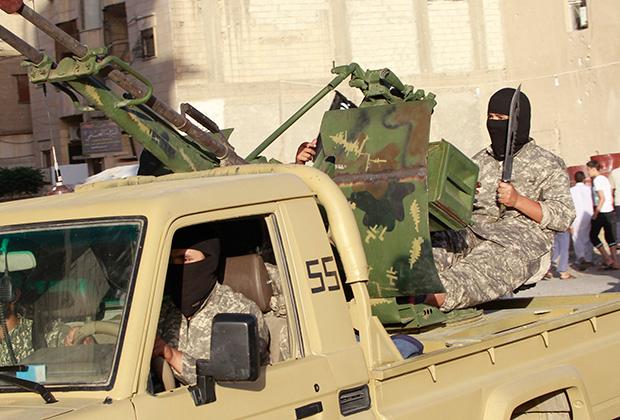 Военный парад исламистов в Ракке, Сирия. 2014 год