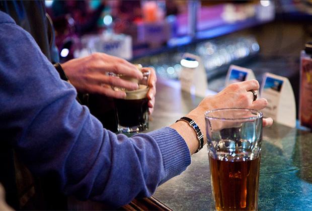 В Ирландии за популярный коктейль можно получить по лицу