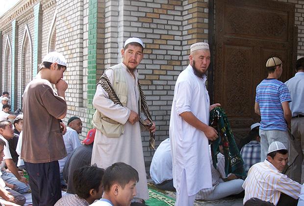 Под влиянием зарубежных проповедников киргизы стали одеваться в пакистанском стиле
