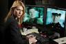 36-летняя звезда телесериалов «Закон и порядок» и «Моя так называемая жизнь» сдала IQ-тест на 140 баллов. Изучала психологию в Йеле.