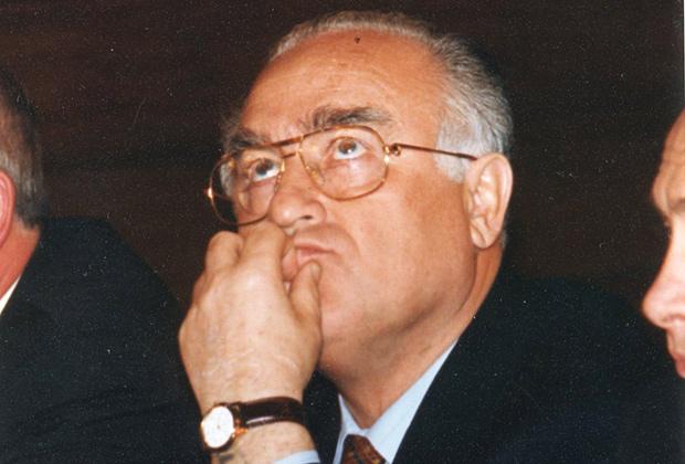 Виктор Черномырдин, 1990-е годы