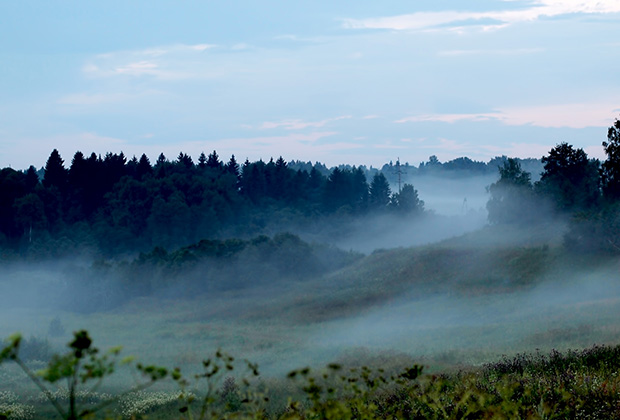 Вид с Радонежского холма на долину реки Пажи