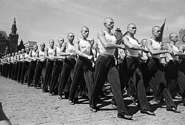 Физкультурный парад на Красной площади. Москва, 1939 год