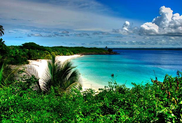 Остров Исла-Игуана в регионе Педаси
