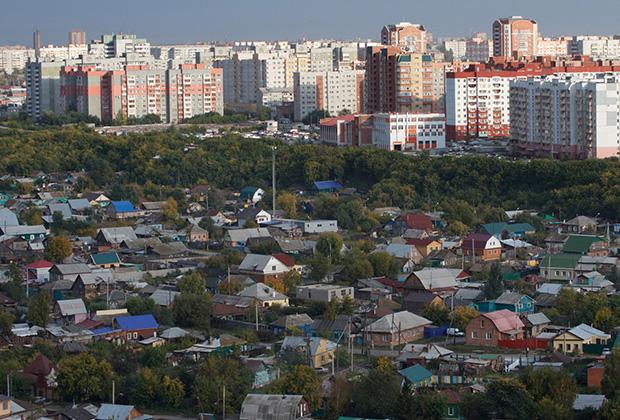 В самом центре миллионного города притаилась большая деревня
