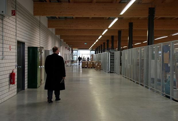 Директор тюрьмы господин Ример на обходе