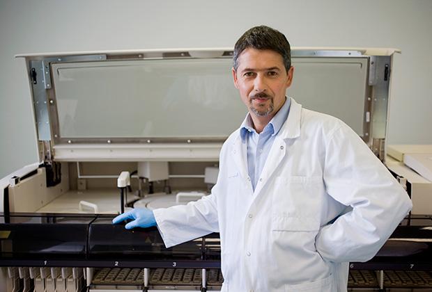 Чтобы исключить человеческий фактор, вся цепочка тестирования крови автоматизирована